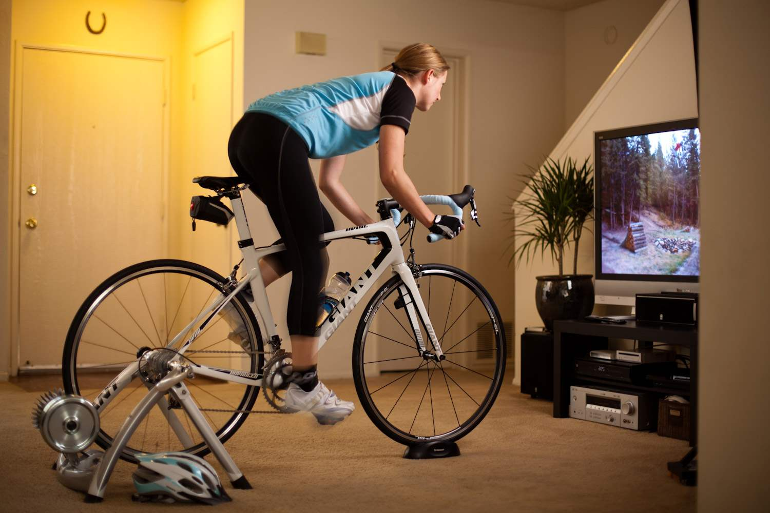 how to choose an indoor smart bike trainer to get the most. Black Bedroom Furniture Sets. Home Design Ideas